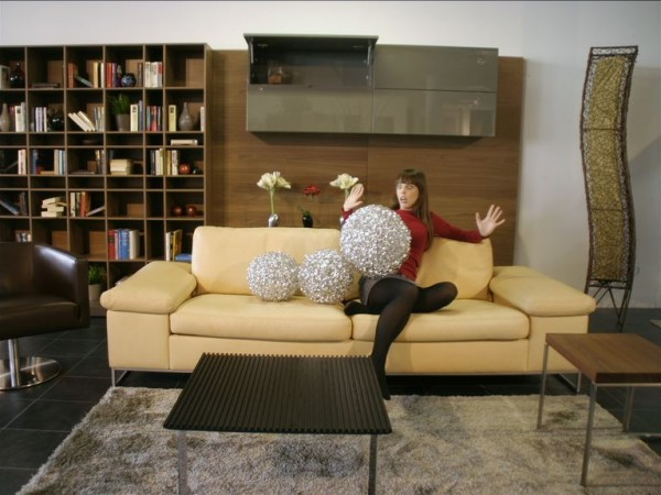"""Stop-Motion Commercial for """"Couchzone"""""""