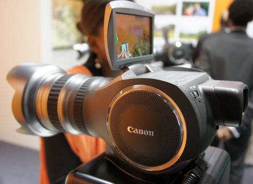 Canon announcing a professional 35mm camcorder in Hollywood on November 3rd?