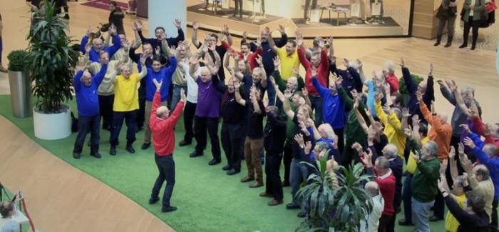 Mach4 Men's Chorus Flashmob (promo video)